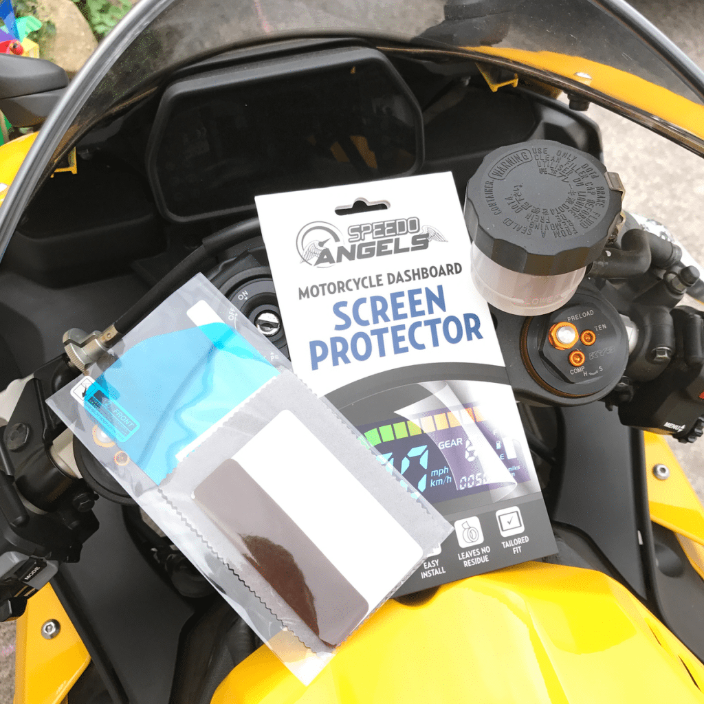 Speedo Angels Yamaha R1 screen protector fitting guide